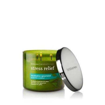 bath-body-works-aromatherapy-stress-relief-3-wick-candle-eucalyptus-spearmint