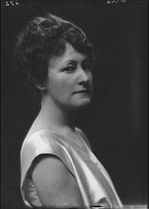 Historic Photographs, LLC Photo: Aldrich,Sherwood,Mrs,Portrait Photograph,Women,Arnold Genthe,1914