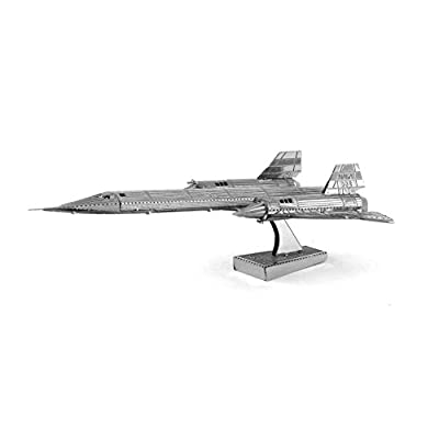 Fascinations Metal Earth SR-71 Blackbird Airplane 3D Metal Model Kit: Varios: Toys & Games