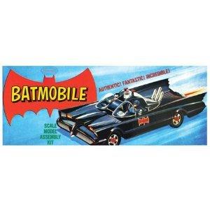 1/32 Batmobile Classic Vintage (Model Kit Vintage Plastic)
