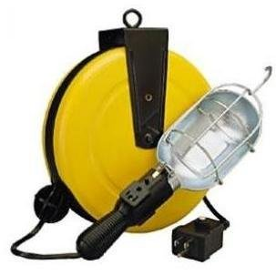 50G-CB Incandescent Metal Retractable Cord Reel Work Light with Circuit Breaker ()