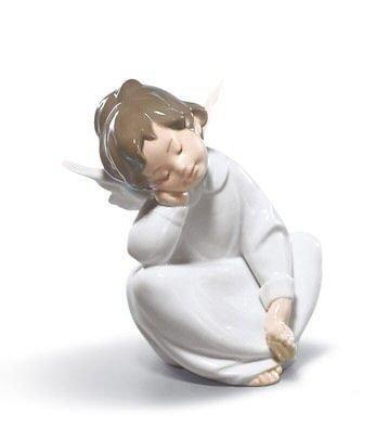 Lladro Angel Dreaming