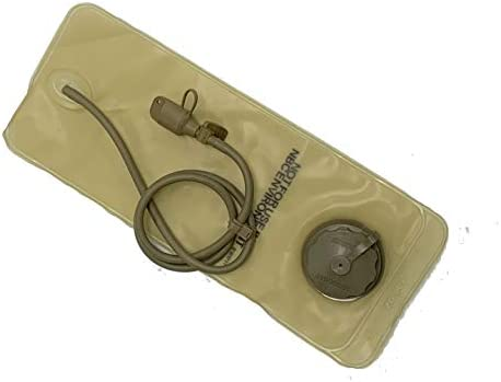 MOLLE Hydration System 100-oz. Replacement Bladder w Drink Tube and bite Valve