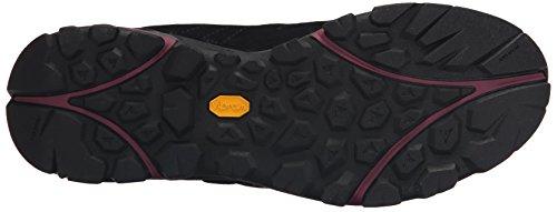 Merrell de las mujeres de mediana Capra bota impermeable Arándano