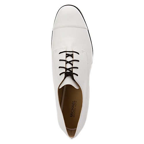 Zapato con cordones Michael Kors Pierce en barniz negra Optic White