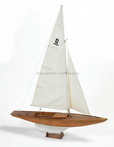Racing Sailboat - Dragen Racing Sailboat - premium model ship kit by Billing Boats