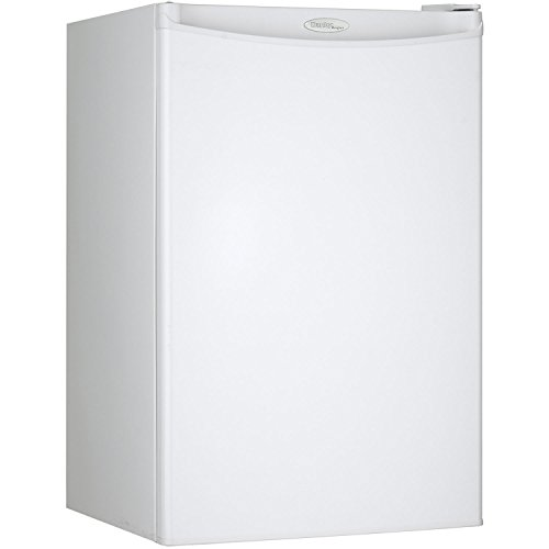 Danby Designer DCR044A2WDD Compact Refrigerator,  4.4-Cubic Feet, White (Best Garage Refrigerators)