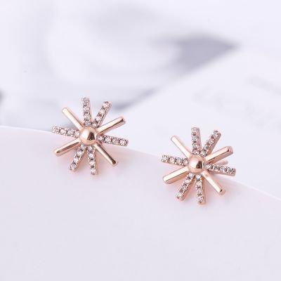 High-grade 925 sterling silver stud earrings fashion snowflake diamond earrings small women girls Korean jewelry sweet flowers ear Generic