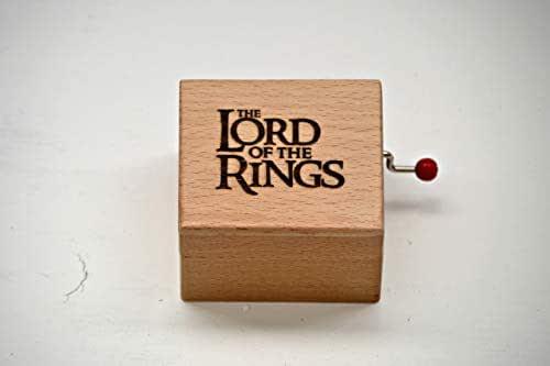 Pequeña caja de música hecha con madera de calidad con la