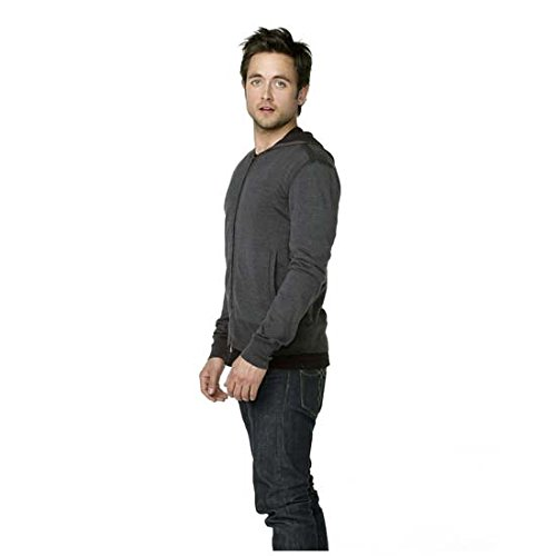 American Gothic Justin Chatwin as Cam Hawthorne to Side 8 x 10 inch Photo