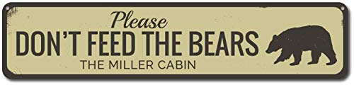 Iliogine Personalized Please Don't Feed Bears Family Name Cabin Sign Metal Signs Women Novelty Tin Sign Indoor Outdoor