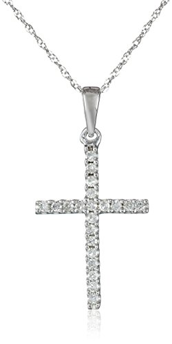0 15Ct Tw White Diamond Pendant Necklace