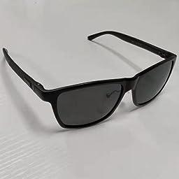 Amazon Co Jp 偏光サングラス ウェリントン 偏向レンズ 釣り ランニング ドライブ スポーツ 運動 アウトドア 軽量 Uv400 紫外線カット ユニセックス ポーチセット Jbhoo ガンカラーフレーム 黒灰色レンズ 服 ファッション小物