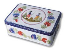 Quimper Tin Cookie Box - Tradition