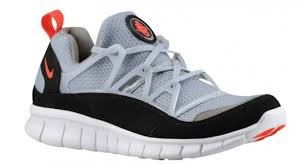 hot sale online a783b 5b269 Image Unavailable. Image not available for. Colour  NIKE free huarache light  ...