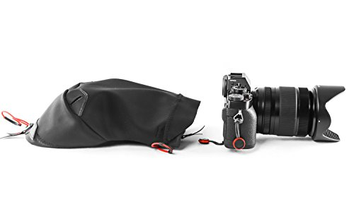 Peak Design Black Shell Small Form-Fitting Rain and Dust Cover