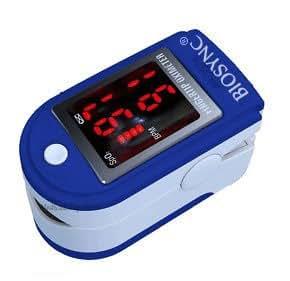 Pulsioxímetro y monitor de frecuencia cardíaca con las instrucciones en inglés, alemán y francés, cordón y bolsa de transporte - azul oscuro