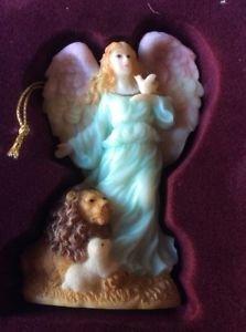 Seraphim Classics Serena Angel of Peace Ornament