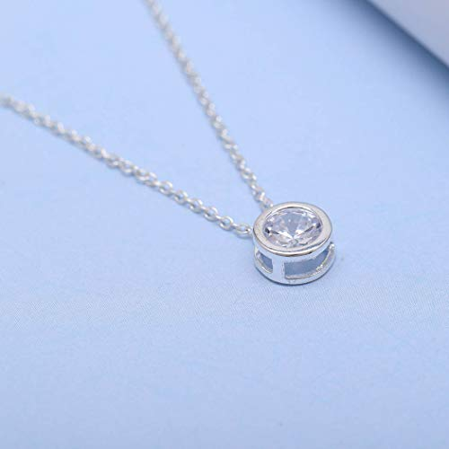 Fstrend Fashion Rhinestone Necklace Dainty Sparkle Pendant Simple Necklace Jewelry for Women and Girls ()