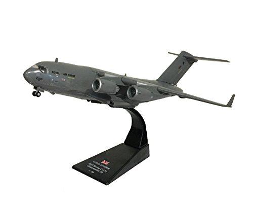 boeing-c-17-globemaster-iii-diecast-1200-model-amercom-lb-13