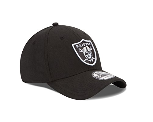 sneakers for cheap f4dfc 45e9c NFL Oakland Raiders Team Classic 39THIRTY Stretch Fit Cap, Medium Large,  Black