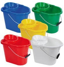 COLOURED PLASTIC BUCKET WITH WRINGER (1) Bunzle Cleaning