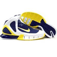 - NIKE Kobe Air Zoom Huarache 2K5 310850-471 US Sz 10