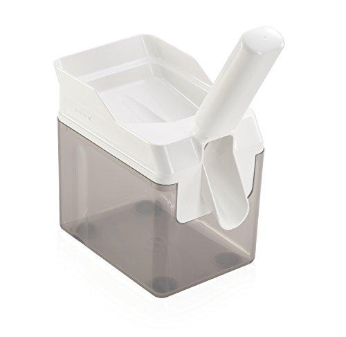 Plastic Continuous Flow Pourer - Leifheit Cherry Stoner