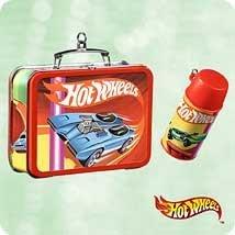 Hallmark HOT Wheels Lunchbox 2003 Ornament QXI8427 (Box Hot Wheels Lunch)