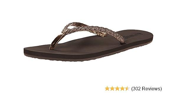 94dedce0f44495 Reef Women s Twisted Stars Sandal