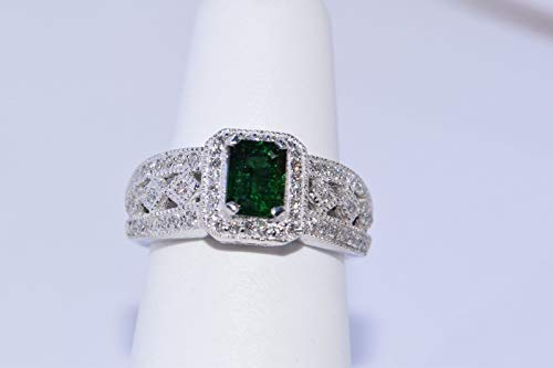 - 14k White Gold Green Chrome Tourmaline and Diamond Ring