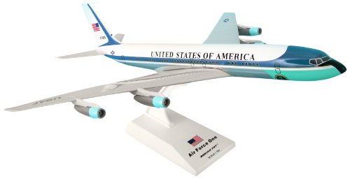 (Daron Skymarks Air Force One VC-137 (707) Reg#27000 Airplane Model Building Kit,)