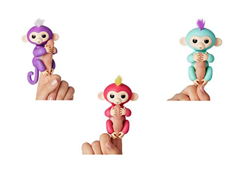 Fingerlings Multipack   Wowwee Fingerlings Bella Pink Baby Monkey  Zoe Turquiose Baby Monkey And Mia  Purple Monkey With Bonus Stand