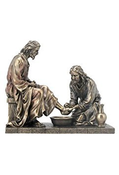Jesus Washing His Disciple's Feet Statue Sculpture ()