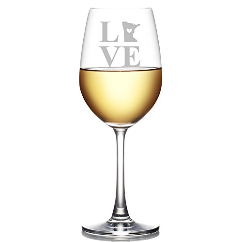 (Love State Minnesota Engraved 18-ounce Wine Glass)