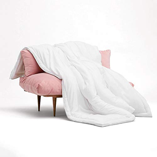 Buffy Cloud Comforter - King Comforter - Eucalyptus Fabric - Hypoallergenic Bedding - Alternative Down Comforter - King/Cal King