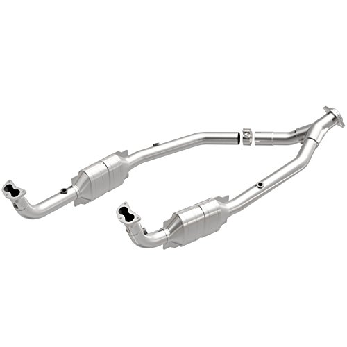 Direct Land Rover Converter Fit (MagnaFlow 49720 Direct Fit Catalytic Converter (Non CARB compliant))
