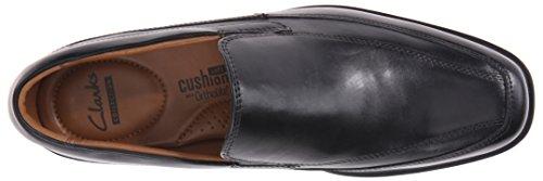 fea1847c8e Clarks Men s Tilden Free Slip-On Loafer