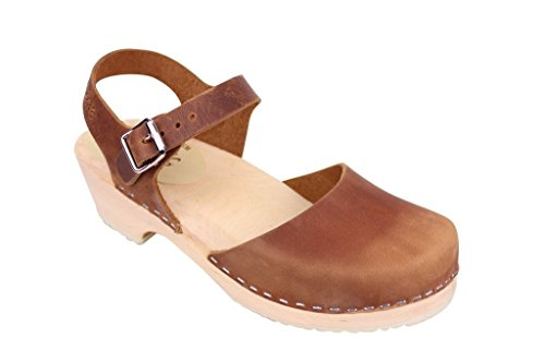 Lotta From Stockholm Low Wood Clogs in Brown Oiled Nubuck EUR 39