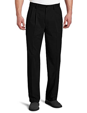 Dockers Men's Easy Khaki D3 Classic-Fit Pleated Pant, Black, 42W x 32L