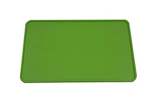 Resilia - Green Floor Mat for Dog Bowls, Cat Litter, Boots,