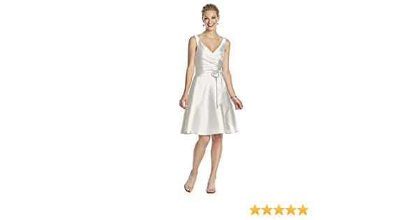 3423a07b6e Women s Cocktail V-neck Dress with Circle Skirt by Alfred Sung at Amazon  Women s Clothing store