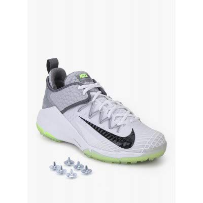 1e0d02d571ecb1 Buy Nike Lunar Audacity Cricket Full Spikes Shoes, UK 8(US 9- EUR 42.5)  Online at Low Prices in India - Amazon.in