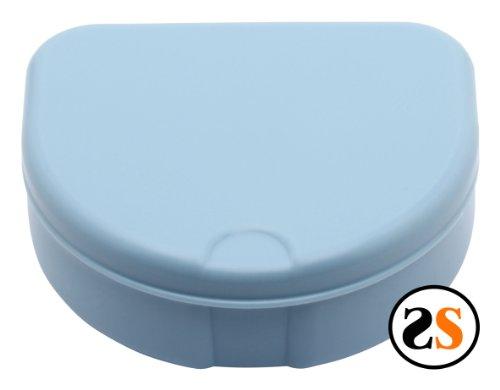 invisalign-retainer-storage-case-light-blue