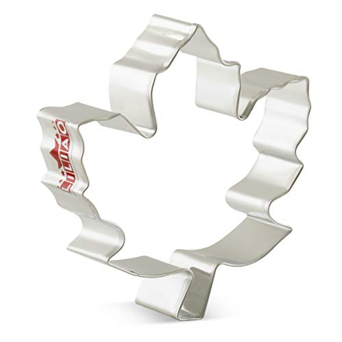 LILIAO Fall Thanksgiving Cookie Cutters Set - 7 Piece - Turkey, Pumpkin, Maple Leaf, Oak Leaf, Squirrel, Acorn and Apple Cutter - Stainless Steel by LILIAO (Image #2)