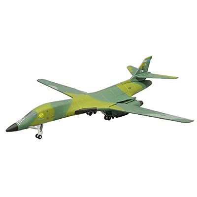 Dragon Models 1/400 USAF B-1B Lancer 28th Bomb Wing Ellsworth AFB: Toys & Games