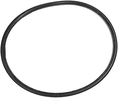 Solid rubber bike tire
