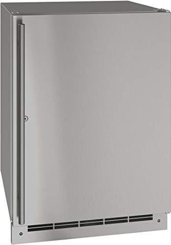 U-Line UORE124SS31A 24″ Outdoor Series Solid Door Refrigerator with Lock, 5.4 cu. ft. Capacity, in Stainless Steel