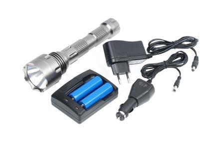 CT-003 LED Akku Taschenlampe 10 Watt als Set im Alukoffer