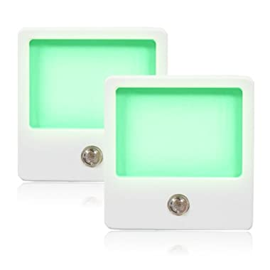 Maxxima Green LED Night Light With Dusk to Dawn Sensor Pack of 2